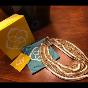 Jewelry - Kendra Scott large gold layered necklace